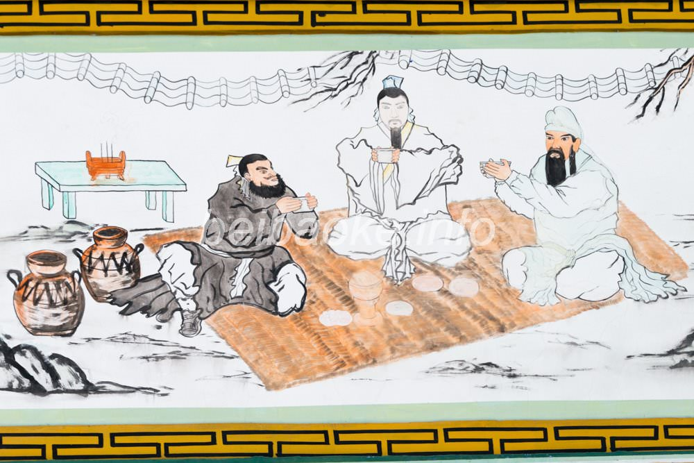 桃園の誓い壁画