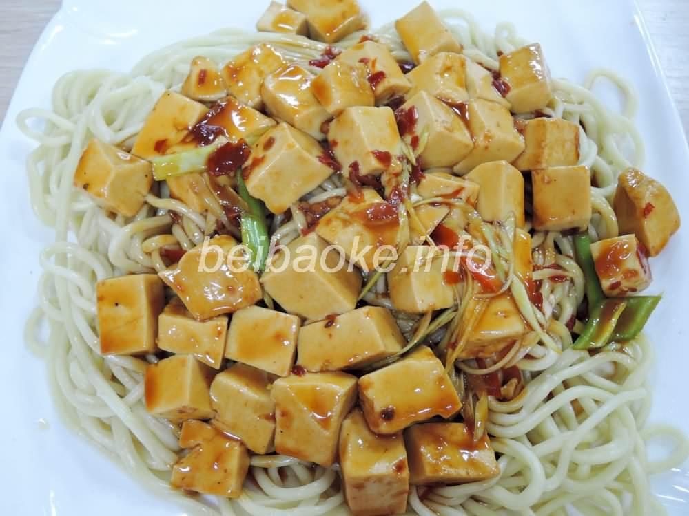 麻婆豆腐蓋麺