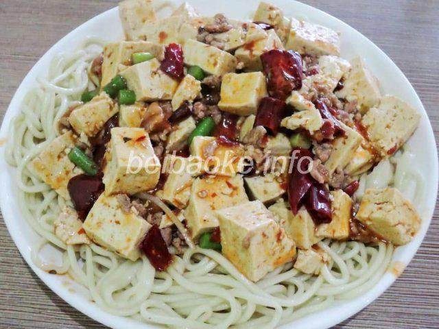 麻婆豆腐拌麺