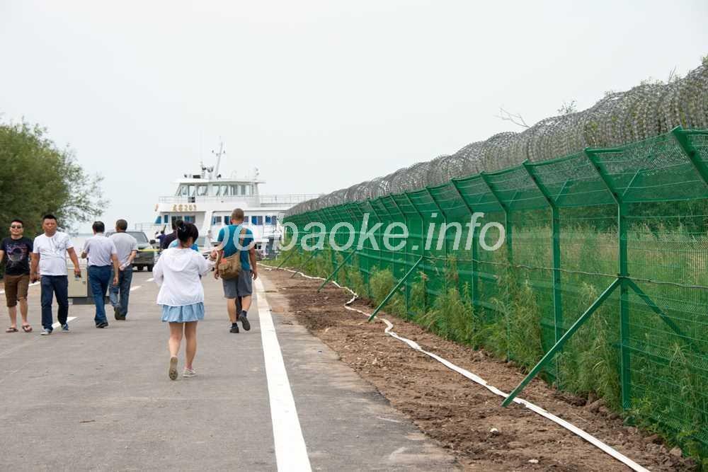 国境のフェンス