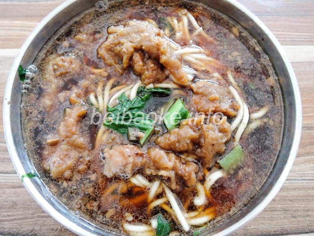 紅焼肉大碗麺