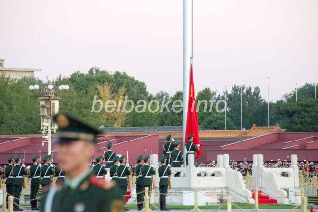 天安門広場国旗掲揚式
